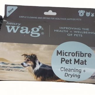 This luxurious Microfibre Noodle Pet Mat makes the perfect mat, removing dirt and water from your pet's coat. It can be used as a bed liner, on the floor, in your car boot and as a towel. The mircofibre absorbs more water and dries more quickly than regular towels, better protecting your pet's bed from moisture and harmful bacteria. Designed to fit the Henry Wag Elevated Beds.
